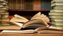 Cuando te sientas a estudiar, ¿cómo transfieres esa cantidad masiva de información de los libros y apuntes frente a ti a un lugar confiable en tu mente? Necesitas desarrollar buenos hábitos de estudio. Al principio, te tomará una gran cantidad de esfuerzo consciente llegar a modificar tus métodos de estudio, pero después de un tiempo, lo harás de manera natural y estudiar se convertirá en una actividad más sencilla.