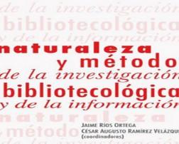 """Esta obra colectiva es producto de la selección de trabajos presentados en el marco del II Coloquio de Investigación Bibliotecológica y de la Información, bajo el título """"Naturaleza y Método de la Investigación Bibliotecológica y de la Información."""" Abordan tópicos desde la perspectiva de diferentes líneas de investigación sobre la metría de la información y del conocimiento científico, las políticas de información, la educación bibliotecológica, el uso de la información y la preservación digital."""