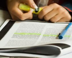 De acuerdo a unos autores, el aprendizaje no puede entenderse más que en relación a la enseñanza, puesto que esta realidad relaciona no solo a aquellos procesos vinculados a aprender sino a aquellos vinculados a ensenar.